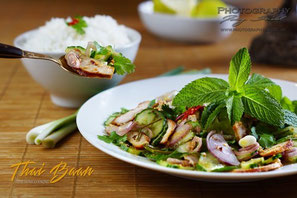Plah Moo Sai Daeng Kwa; ; Thai Baan Neudorf; Yupin Seidel; thailändischer Kochservice; Foodtruck; Kochkurs, Thaifood, gesunde Ernährung, Restauran