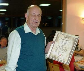 Walter Riner wurde zum Ehrenmitglied ernannt.