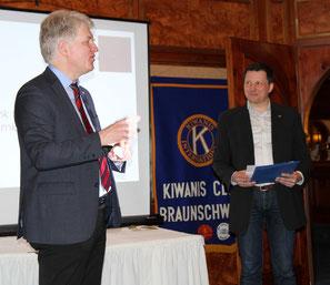 Prof. Schilling mit Kiwanisfreund Marc Höper