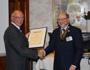 45 Jahre KC Braunschweig: Ehrenurkunde vom Governor Ralf-Otto Gogolinski