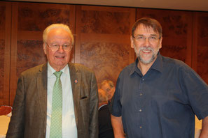 Prof. Hummel und Kiwanismitglied Carsten Fleischer