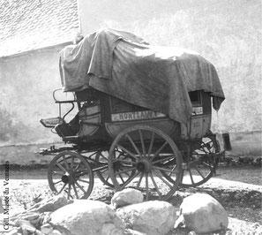 Le fonds photographique Bastide présente Montsalvy dans les années1920.