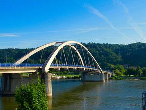 die neue Donau-Brücke