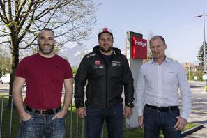 vl. Daniel Isler und Michael Waber von der Frutiger AG mit Thomas Sempach