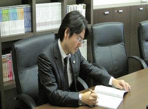 弁護士吉村実