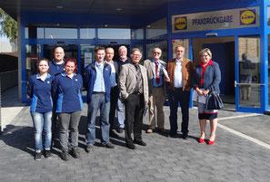 CDU Antragsteller gemeinsam mit dem Lidl Team, so wird Politik für die Menschen gemacht!