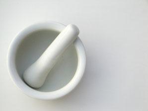 ペットの遺骨を粉骨する際に使用する乳鉢写真