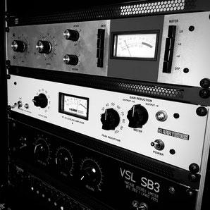 Blackhole Music & Productions Compressor Rack Audio Hunt Processing