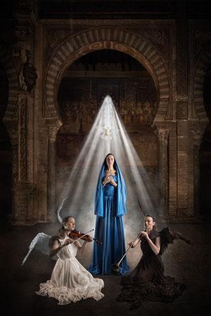 La Anunciación: Brenda Salvador, Patricia Ocaña, Wendy Carchenilla.