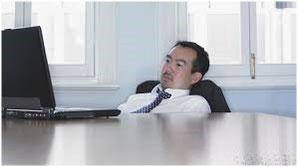 札幌市-デスクワーク姿勢による疲労