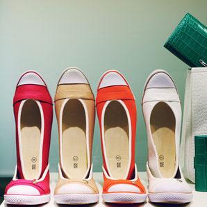 Schuhe und Taschen kaufen auf Ibiza