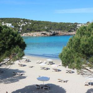 Hotels in Cala Portinatx auf Ibiza