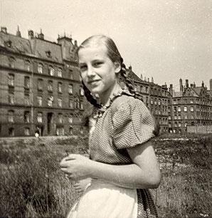 Elke in Hamburg 1954
