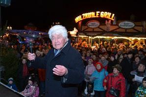 Gotthilf Fischer auf Weihnachtsmarkt - Klick!