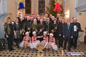 Big Band Gröbzig gibt Weihnachtskonzert - Klick!