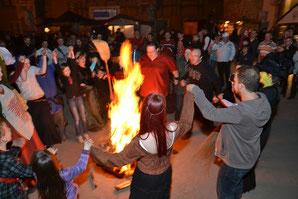 Walpurgisnacht Bernburg gefeiert - klick!