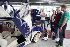 1. Autotreffen bei Feser&Wittig - Klick!
