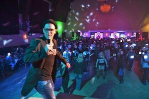 Ü30 Party Bernburg tanzt - Klick!
