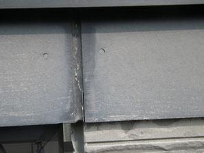 熊本市N様家の外壁塗装及び屋根塗装時。サイディング帯板の塗装前。コーング劣化状態。