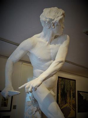 Contra l´invasor Statue von Miquel Blay (1891 - Kunstmuseum Girona) - Symbol des katalanischen Widerstands gegen Fremdherrschaft und Diktatur