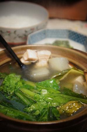 小鍋に豚肉と一緒に入れて食べたよ。塩味がGood!へへへ