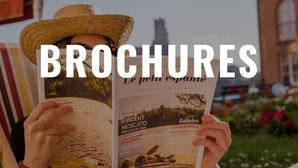 brochures-consulter-magazines-séjour-préparer