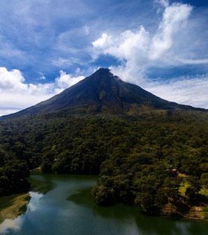 Transporte desde La Fortuna Parque Ecologico Volcán Arenal