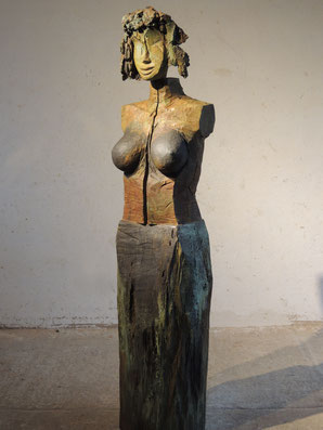 Roes XIV, 2017/2018, Bronze, Höhe 199cm, 6 Exemplare