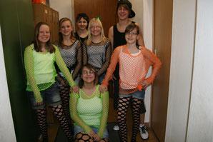 02/2012 NKV Teenies