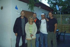 Gruppßenbild mit Diana, der bulgarische Engel, der uns gerettet hat