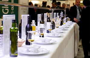 昨年の World Olive Oil Exhibition ワールド・オリーブオイル・エキシビションの様子 (www.diariodegastronomia.com)