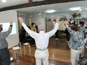 どれみLABO 音楽健康サロン 音楽療法 介護予防 健康促進