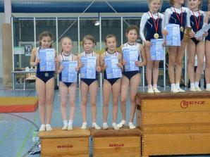 Mannschaft 1 : v.l. Nina Karl, Hanna Roth, Anna Kühner, Sophia Kraft, Sena Ünsal