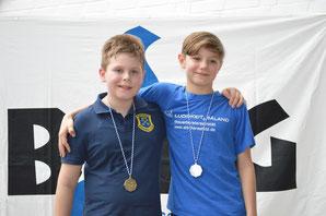 Willy Fieger (BSC) gewann Gold über 400 Meter Freistil. Justus Tietjen holte Silber in seinem Jahrgang 2004 (Stader SV)