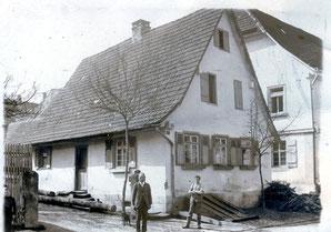 Großvillars, Anwesen Heckele, Freudensteinerstraße, kennt jemand die Personen?