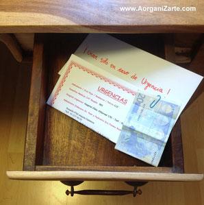 dinero en efectivo preparado en caso de urgencia - www.aorganizarte.com