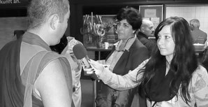Sandra beim Hannover Besuch des Dalai Lama