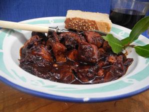 oktopus mit wein rezept aus griechenland giordano s oliven l und mehr. Black Bedroom Furniture Sets. Home Design Ideas