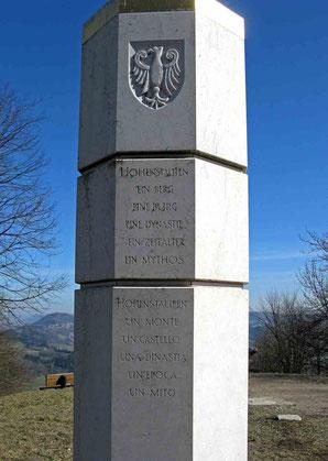 © Traudi - Stele auf dem Hohenstaufen