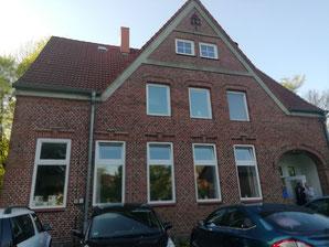 Die Alte Schule in Niehuus - zum 2. Mal Schauplatz einer unserer Lesungen