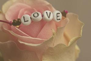 Perlenarmband für die Hochzeit