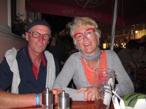 mit Gabi und Wolfgang Schweinsbraten gegessen