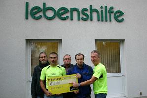 Am Bild von links nach rechts, Herr Datscher Friedrich(Werkstattleiter), Bart Ernst (Laufwunder Steyr), Hager Oliver(Klient), Zöchlinger Franz (Ortsgruppenleiter), Kny Gerald (Laufwunder Steyr)