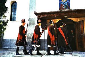 Kircheneinzug der Abordnungen