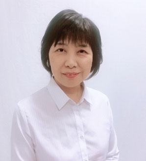 江別市にある貸衣装店(レンタル着物・レンタル振袖・袴レンタル)の店長谷里美です