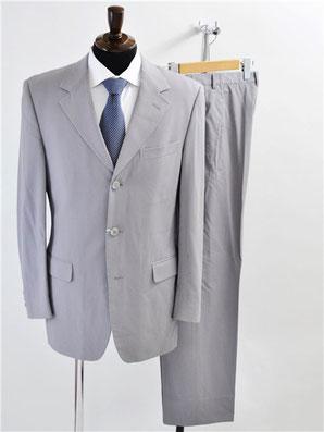 ジャンニヴェルサーチのスーツ買取