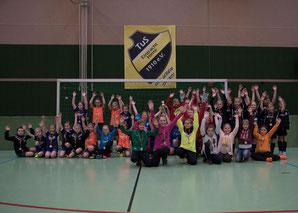 Teilnehmerninner des F-Juniorinnen-Turniers
