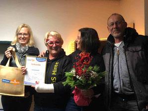 v.l.n.r.: Christa Leemhuis (stellv. Vorsitzende KSB Aurich), Gerda Spethmann, Anne Ignatzek (Vorsitzende TuS Eintracht Hinte und KSB Aurich), Hans-Dieter Klaassen (2. Vorsitzender TuS Eintracht Hinte)
