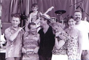 Otto, Walter, Edi, Doro, Futsch, Jürgen und ein unbekannter Nachwuchsgitarrist