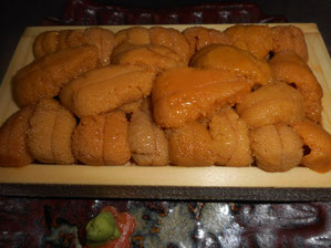 Sea Urchin Eggs (Uni) 2,900 ~ 7,800 yen